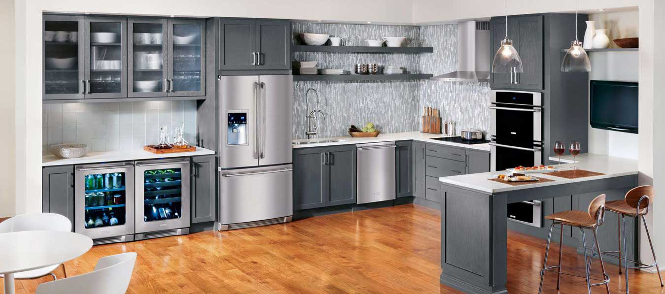 Header image of full kitchen